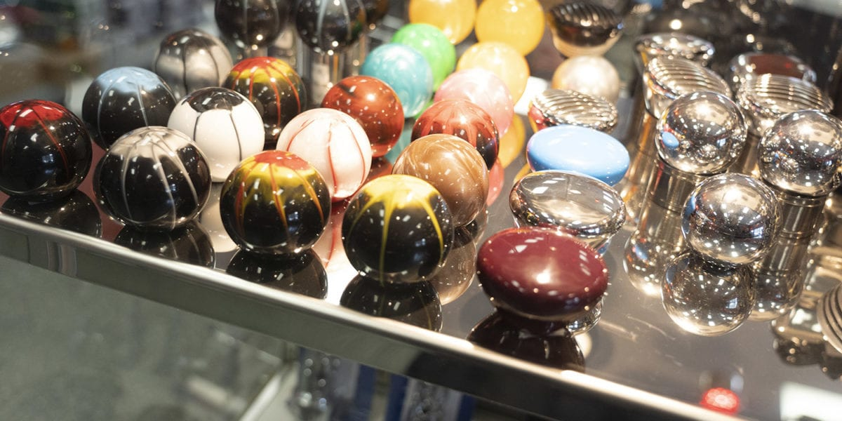 photo of custom big rig knobs